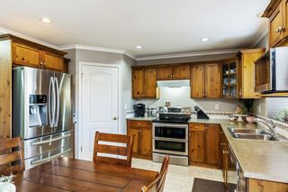 """Photo 11: 20211 93A Avenue in Langley: Walnut Grove House for sale in """"Riverwynd"""" : MLS®# R2549404"""