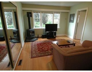 Photo 7: 850 HENDRY AV in North Vancouver: House for sale : MLS®# V884549