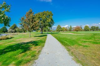 """Photo 26: 5 14085 NICO WYND Place in Surrey: Elgin Chantrell Condo for sale in """"Nico Wynd Estates"""" (South Surrey White Rock)  : MLS®# R2616431"""
