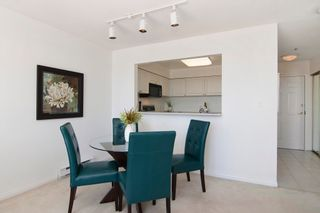 """Photo 6: 403 2288 W 12TH Avenue in Vancouver: Kitsilano Condo for sale in """"CONNAUGHT POINT"""" (Vancouver West)  : MLS®# V1077930"""