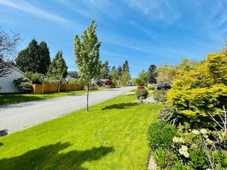 """Photo 38: 16079 11A Avenue in Surrey: King George Corridor House for sale in """"SOUTH MERIDIAN"""" (South Surrey White Rock)  : MLS®# R2578343"""