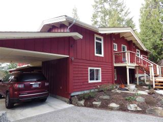 Main Photo: 8967 REDROOFFS Road in Halfmoon Bay: Halfmn Bay Secret Cv Redroofs House for sale (Sunshine Coast)  : MLS®# R2131092