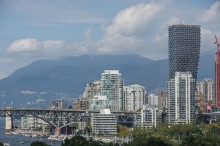 "Photo 5: 208 943 W 8TH Avenue in Vancouver: Fairview VW Condo for sale in ""Southport"" (Vancouver West)  : MLS®# R2487297"