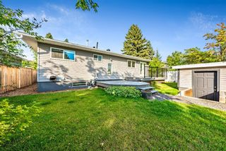 Photo 34: 143 Capri Avenue NW in Calgary: Charleswood Detached for sale : MLS®# A1143044