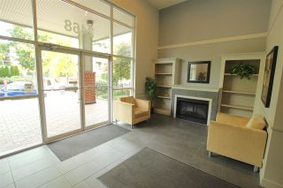 """Photo 4: 401 2468 ATKINS Avenue in Port Coquitlam: Central Pt Coquitlam Condo for sale in """"THE BORDEAUX"""" : MLS®# R2019309"""