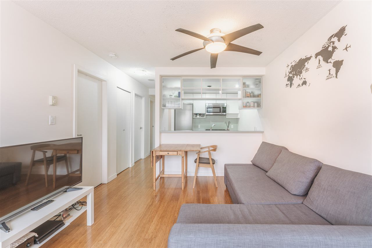 Main Photo: 607 939 EXPO BOULEVARD in Vancouver: Yaletown Condo for sale (Vancouver West)  : MLS®# R2528497