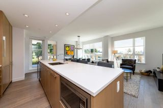 """Photo 6: 308 3220 CONNAUGHT Crescent in North Vancouver: Edgemont Condo for sale in """"The Connaught"""" : MLS®# R2405585"""