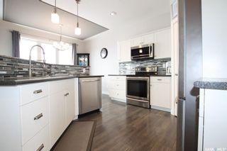 Photo 4: 100 Fairway Drive in Delisle: Residential for sale : MLS®# SK842645