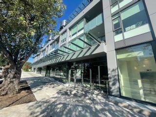 """Photo 2: 3605 W 16TH Avenue in Vancouver: Point Grey Office for lease in """"The Grey"""" (Vancouver West)  : MLS®# C8040692"""