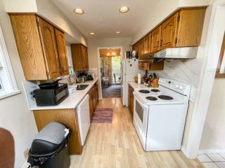 Photo 10: 9 7140 BARNET ROAD in Burnaby: Westridge BN Townhouse for sale (Burnaby North)  : MLS®# R2542089