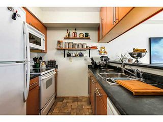 Photo 4: # 305 3199 WILLOW ST in Vancouver: Fairview VW Condo for sale (Vancouver West)  : MLS®# V1084535