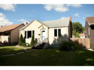 Photo 2: 441 Louis Riel Street in WINNIPEG: St Boniface Residential for sale (South East Winnipeg)  : MLS®# 1315867
