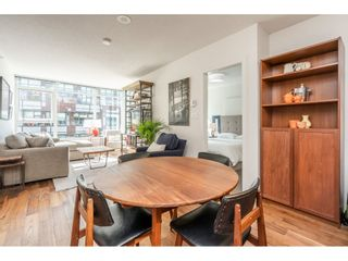 """Photo 5: 908 251 E 7TH Avenue in Vancouver: Mount Pleasant VE Condo for sale in """"District"""" (Vancouver East)  : MLS®# R2465561"""