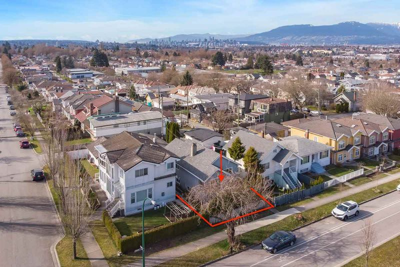 FEATURED LISTING: 4339 RUPERT Street Vancouver