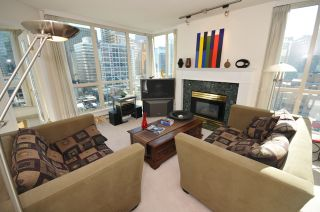 """Photo 6: 1204 1111 HARO Street in Vancouver: West End VW Condo for sale in """"ELEVEN ELEVEN HARO"""" (Vancouver West)  : MLS®# V876639"""