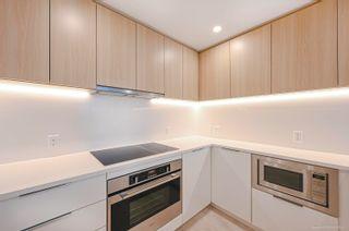 """Photo 3: 803 13318 104 Avenue in Surrey: Whalley Condo for sale in """"Linea"""" (North Surrey)  : MLS®# R2625414"""