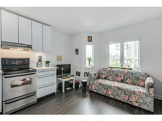 """Photo 2: 404 370 CARRALL Street in Vancouver: Downtown VE Condo for sale in """"21 DOORS"""" (Vancouver East)  : MLS®# V1113227"""