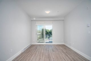 """Photo 3: 4412 2180 KELLY Avenue in Port Coquitlam: Central Pt Coquitlam Condo for sale in """"MONTROSE SQUARE"""" : MLS®# R2613383"""