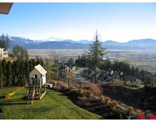 """Photo 10: 35454 JADE Drive in Abbotsford: Abbotsford East House for sale in """"EAGLE MOUNTAIN"""" : MLS®# F2910667"""