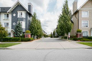 Photo 2: 1 8438 207A STREET in Langley: Willoughby Heights Townhouse for sale : MLS®# R2485839