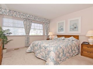 """Photo 11: 6 9163 FLEETWOOD Way in Surrey: Fleetwood Tynehead Townhouse for sale in """"Fountains of Guildford"""" : MLS®# F1323715"""