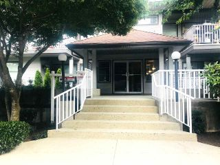 "Photo 2: 208 20561 113 Avenue in Maple Ridge: Southwest Maple Ridge Condo for sale in ""WARESLY"" : MLS®# R2302376"