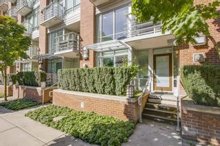 "Main Photo: 863 RICHARDS Street in Vancouver: Downtown VW Townhouse for sale in ""DOLCE"" (Vancouver West)  : MLS®# R2210931"