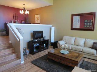 Photo 2: 272 Le Maire Street in WINNIPEG: Fort Garry / Whyte Ridge / St Norbert Residential for sale (South Winnipeg)  : MLS®# 1423797