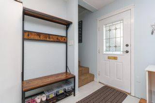 Photo 2: 728 Danbrook Ave in : La Langford Proper Half Duplex for sale (Langford)  : MLS®# 858966