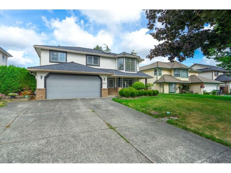 FEATURED LISTING: 15727 81A Avenue Surrey