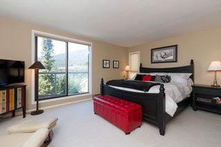 """Photo 10: 3163 ST MORITZ Crescent in Whistler: Blueberry Hill Townhouse for sale in """"BLUEBERRY HILL ESTATES"""" : MLS®# R2218282"""