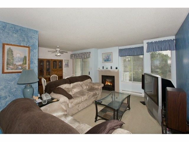 """Photo 3: Photos: 10772 142A Street in Surrey: Whalley Townhouse for sale in """"PARKSIDE PLACE"""" (North Surrey)  : MLS®# F1314415"""