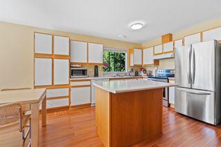 Photo 7: 2579 126TH Street in Surrey: Crescent Bch Ocean Pk. 1/2 Duplex for sale (South Surrey White Rock)  : MLS®# R2604000