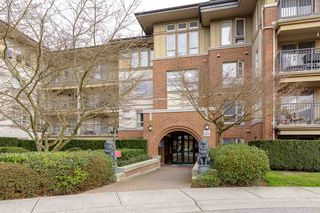 """Photo 2: 1312 5115 GARDEN CITY Road in Richmond: Brighouse Condo for sale in """"Lions Park"""" : MLS®# R2542855"""