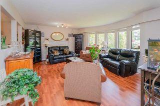 "Photo 7: 21225 DOUGLAS Avenue in Maple Ridge: Northwest Maple Ridge House for sale in ""The Orchard"" : MLS®# R2578046"