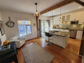 Photo 9: 1715 13 Avenue SW in Calgary: Sunalta Detached for sale : MLS®# A1129497