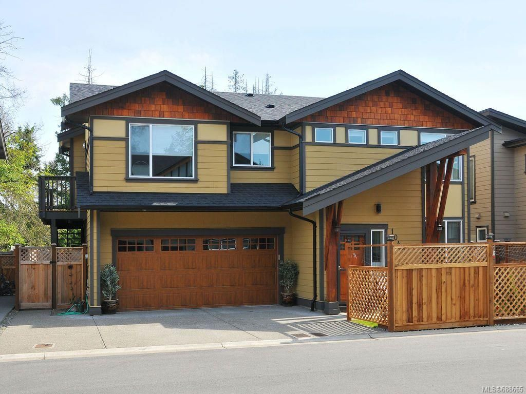 Main Photo: 1042 Whitney Crt in Langford: La Happy Valley House for sale : MLS®# 688665