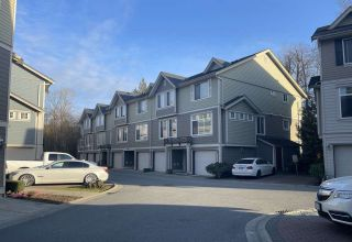 """Main Photo: 23 15399 GUILDFORD Drive in Surrey: Guildford Townhouse for sale in """"Guildford Greens"""" (North Surrey)  : MLS®# R2556171"""