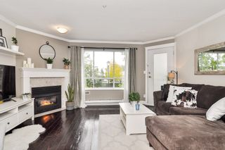 """Photo 3: 105 5450 208 Street in Langley: Langley City Condo for sale in """"MONTGOMERY GATE"""" : MLS®# R2509273"""