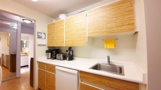 """Photo 3: 305 2008 FULLERTON Avenue in North Vancouver: Pemberton NV Condo for sale in """"WOODCROFT - SEYMOUR BUILDING"""" : MLS®# R2587288"""