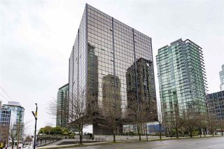 "Photo 7: 404 1333 W GEORGIA Street in Vancouver: Coal Harbour Condo for sale in ""THE QUBE"" (Vancouver West)  : MLS®# R2545049"
