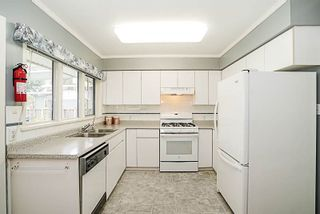 Photo 7: 828 WILLIAM Street in New Westminster: The Heights NW House for sale : MLS®# R2216361
