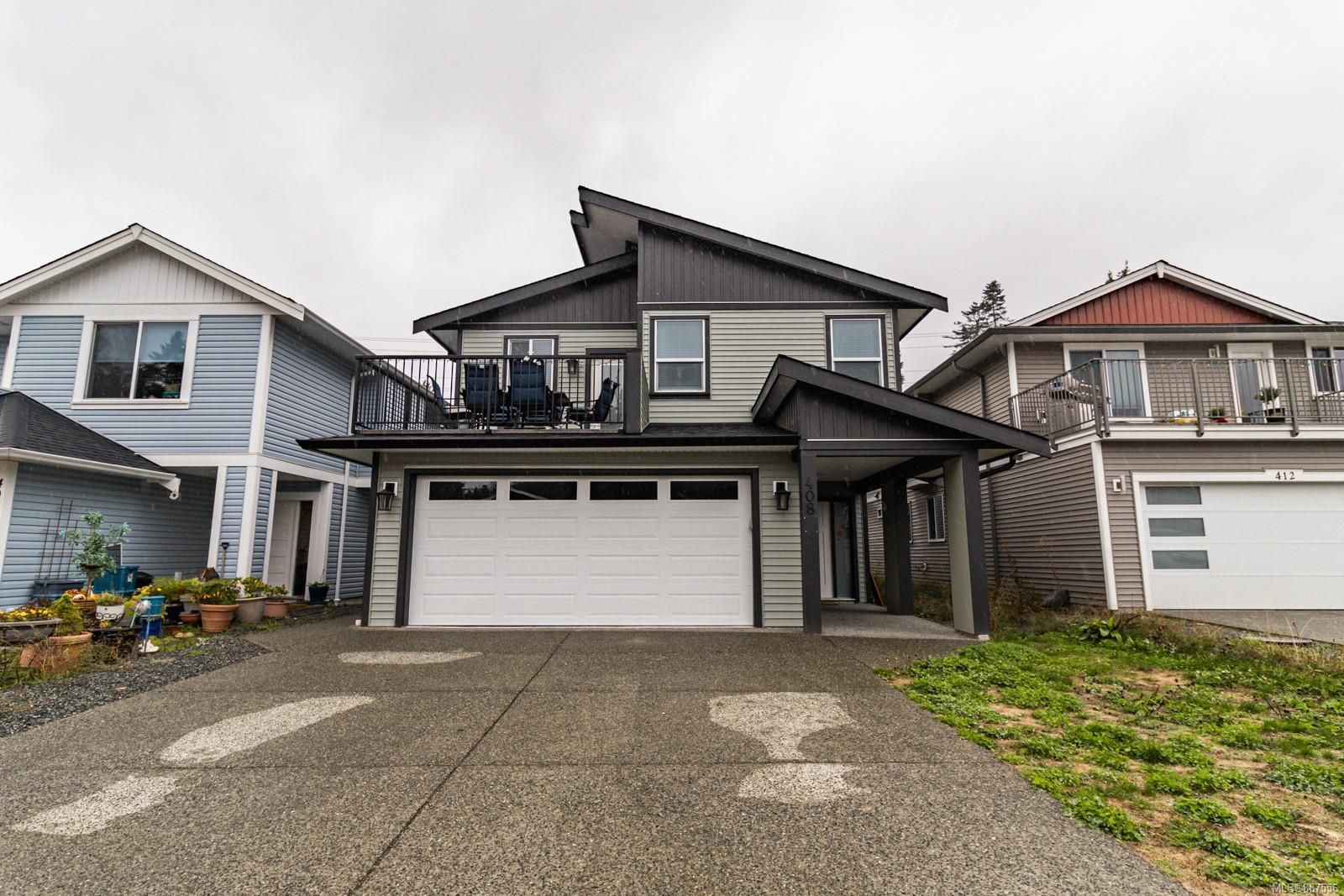Main Photo: 408 10th St in Nanaimo: Na South Nanaimo House for sale : MLS®# 887556
