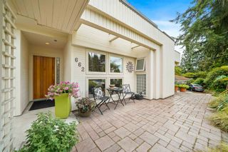 Photo 3: 662 ST. IVES Crescent in North Vancouver: Delbrook House for sale : MLS®# R2603801