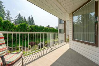 """Photo 17: 105 32145 OLD YALE Road in Abbotsford: Abbotsford West Condo for sale in """"Cypress Park"""" : MLS®# R2373888"""