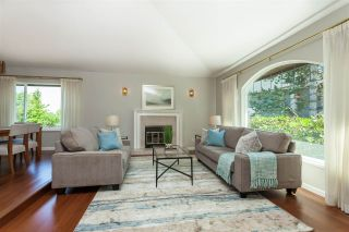 Photo 2: 6078 154A Street in Surrey: Sullivan Station House for sale : MLS®# R2393804