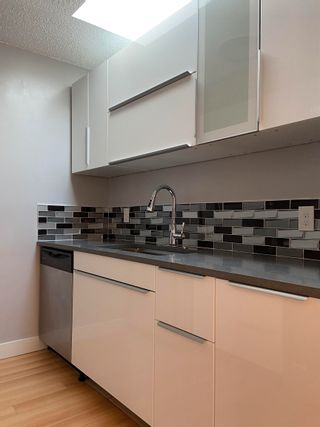 Photo 6: 304 8645 OSLER Street in Vancouver: Marpole Condo for sale (Vancouver West)  : MLS®# R2621163