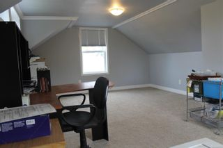 Photo 7: 1130 Fitzgerald Ave in Courtenay: CV Courtenay City House for sale (Comox Valley)  : MLS®# 887751