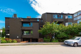 """Photo 1: 401 1340 DUCHESS Avenue in West Vancouver: Ambleside Condo for sale in """"Duchess Lane"""" : MLS®# R2594864"""