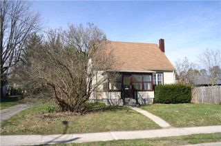 Photo 3: 2 Amanda Street: Orangeville House (1 1/2 Storey) for sale : MLS®# W3761142